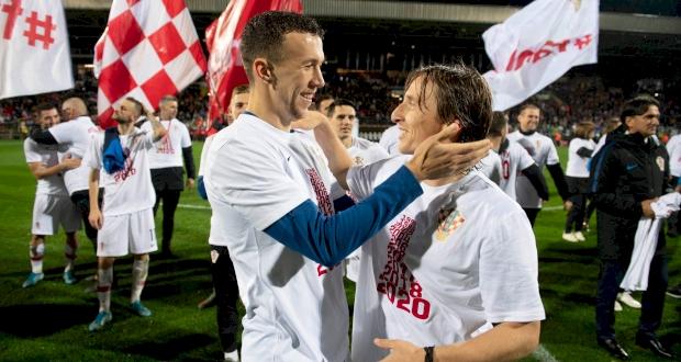 Хорватия после матча, twitter.com/HNS_CFF
