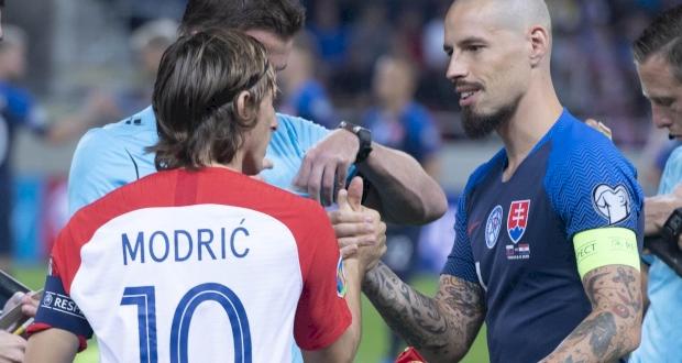 Лука Модрич и Марек Гамшик, фото Футбольного союза Хорватии
